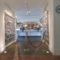 Ashmolean Museum - Gift Shop - (3 of 4)