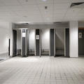 Iffley Road Sports - Toilets and changing rooms - (5 of 5)